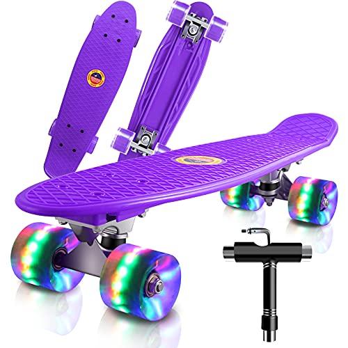 Cutemelo Skateboards 55cm Mini Cruiser Skateboard Completo retrò per Ragazzo, Ragazza, Giovani, Adulti, Principianti con Ruote LED Lampeggianti, con Strumento T (Viola)